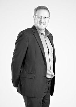 PETER NIEDERBERGER